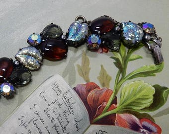 SCHIAPARELLI Signed Molded Art Glass Leaf & Amber Cabochon Rhinestone Bracelet    OAE16