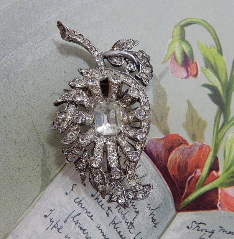 EISENBERG Signed Sterling Silver Leaf Fur Clip or Brooch    OEL36