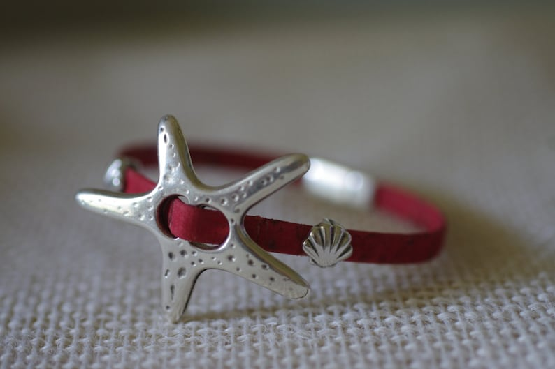Starfish  and Seashell Leather Bracelet  Leather Jewelry  image 0