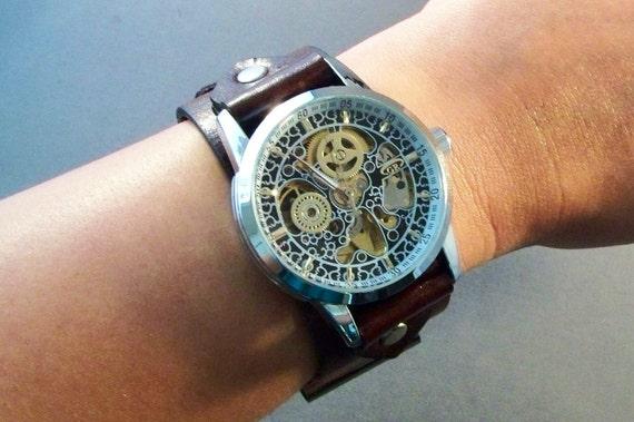 Steampunk Men Watch-Women watch in vintage brown leather-Boyfriend Christmas Gift-Girlfriend Christmas Gift-Custom wrist size