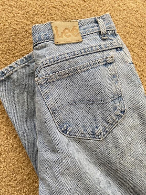 "1990's Lee high waist light wash ""Mom Jeans"""