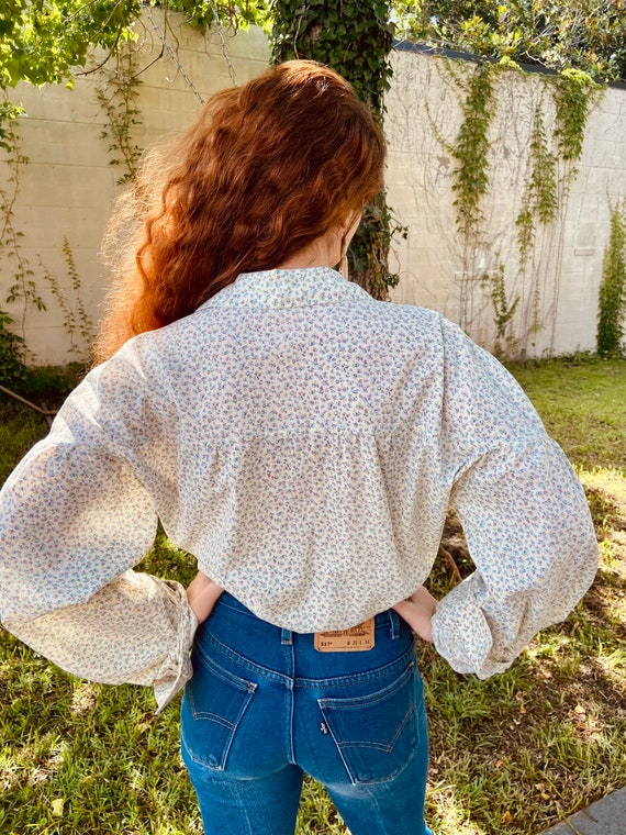 1970's Floral Cotton Prairie Blouse with Wood But… - image 3