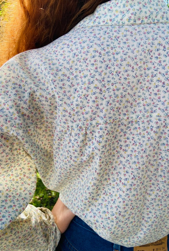 1970's Floral Cotton Prairie Blouse with Wood But… - image 9