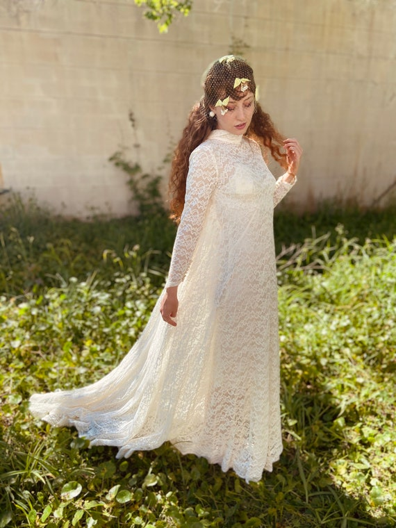 1960s does 30s Long Sleeve Lace Wedding Dress
