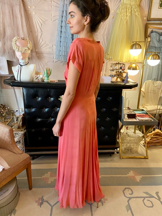1930s Silk Crepe Coral Gown - image 3