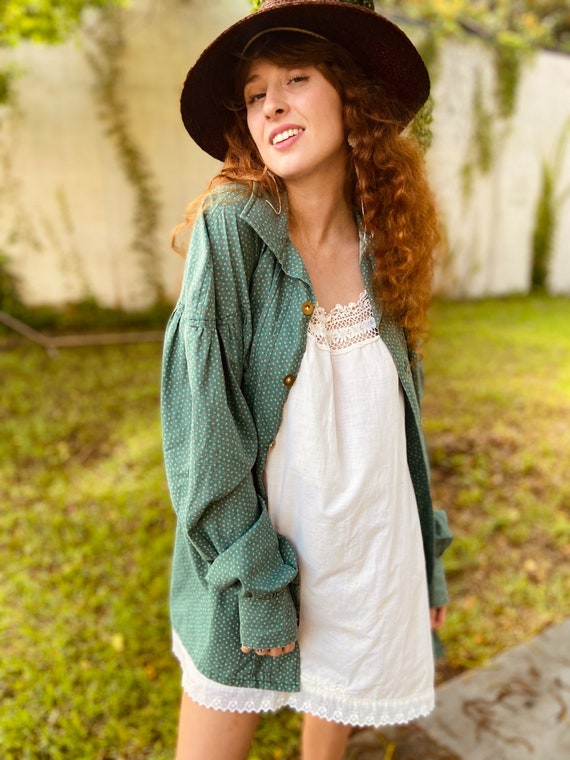 1970s Green Cotton Floral Prairie Blouse with Ful… - image 1