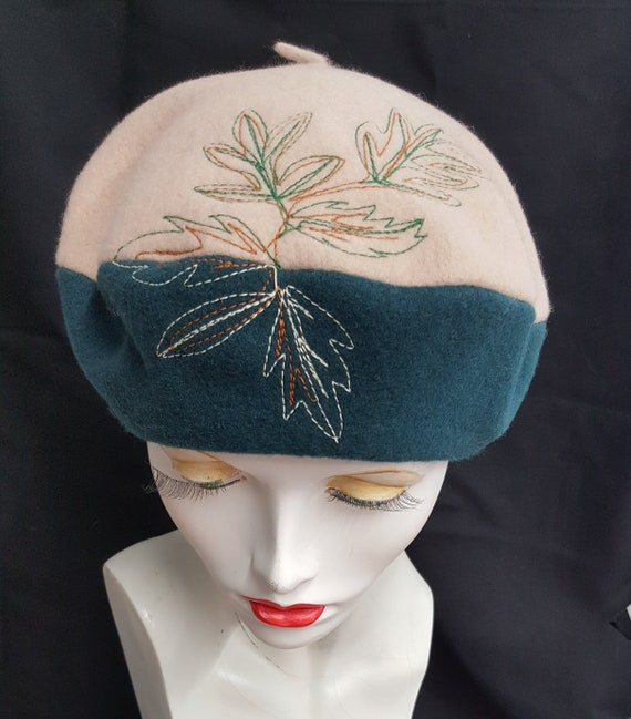 5f4201961 Green beige beret two tone wool - fall leaf- embroidered leaves - textile  art - applied decoration, made in UK