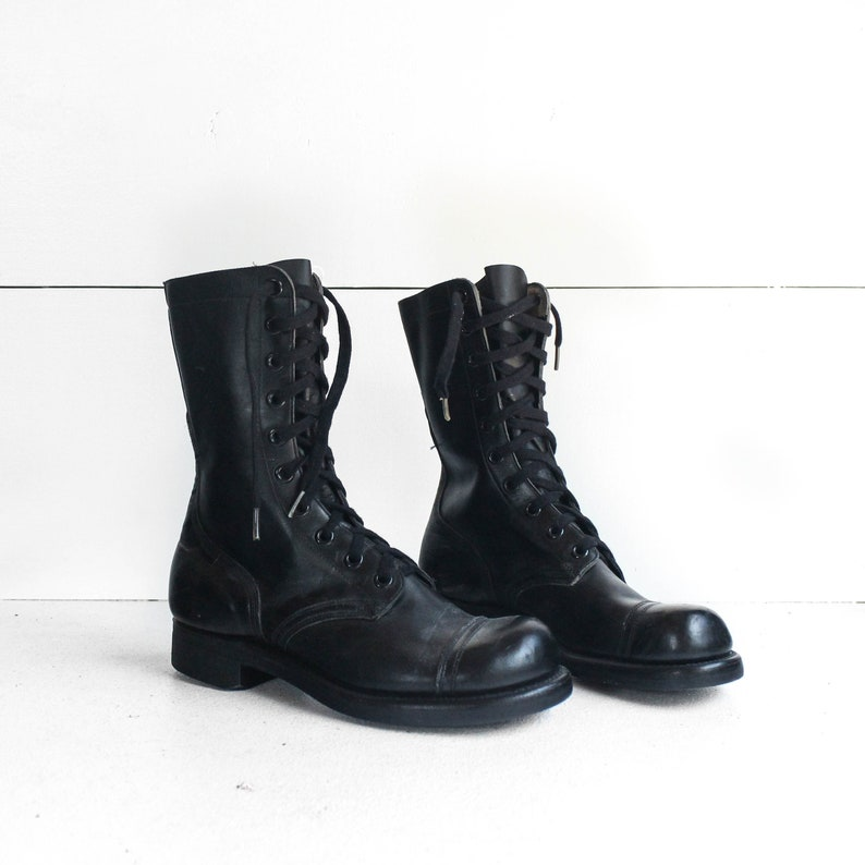 6597a370e07 7 R | Vintage Combat Boots 1960's Lace Up Jump Boot Military Cap Toe
