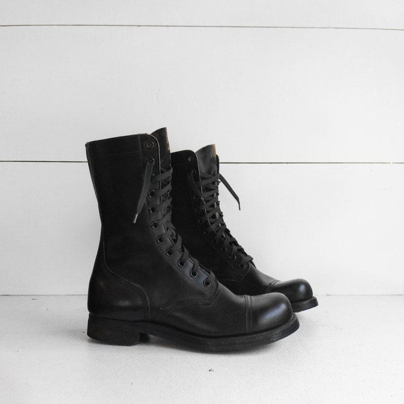 d143da0e2d128 10 Regular   Vintage 1950's Combat Boots Vietnam Era Military Lace Up Boots  Dated 1958