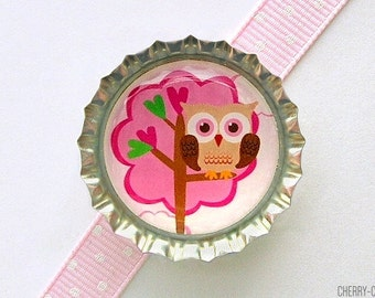 Owl Magnet, Bottle Cap Magnet, fridge magnet, valentine's gift, owl baby shower favor, pink and brown girl owl party favor, owl decor