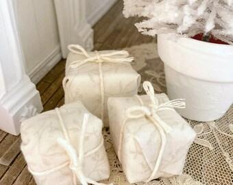 Dollhouse Miniature Christmas Gifts- Set Of Three