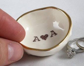 PERSONALIZED ENGAGEMENT GIFT ceramic ring dish custom wedding ring holder gift for wife gift for girlfriend gift for boyfriend gift for him