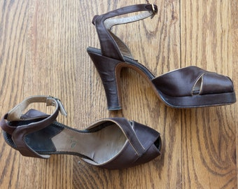 1940s brown satin Frank Sbicca peep toe platform heels | 40s Cellini Shoes ankle strap tall heeled sandals | 6.5 AAA