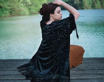 Kimonos & Skirts