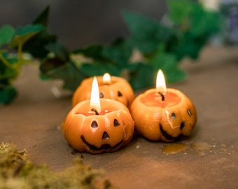 Pumpkin Candle - Halloween candle set - cinnamon and orange Scent - Party Favors