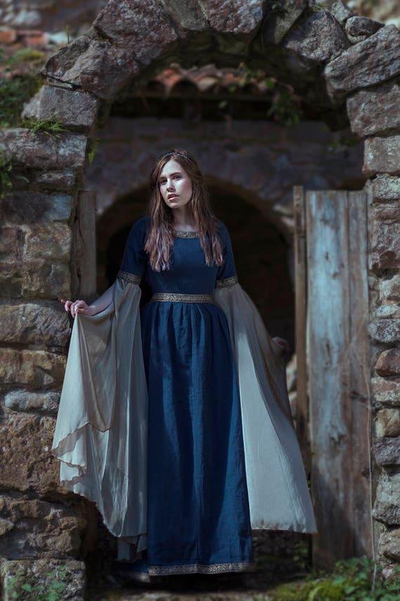 Blue Medieval Dress Celtic gown elven dress long sleeves | Etsy
