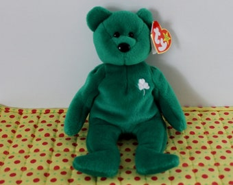 Ty Beanie Baby Erin Bear St. Patrick s Day emerald green with shamrock 1997  like new 93c1fb73be2f