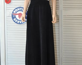 Vintage Womens Skirt Black Full Length Maxi Costume Magician Band Choir Retro 1900s Maid Uniform Steampunk Goth Vanity Fair Med-Large