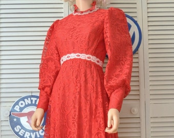 Retro Vintage Victorian Dickens Style Formal Dress Womens Teens 70s Red Full Length Christmas Costume w/Cameo Earrings Lace Ribbon Taffeta