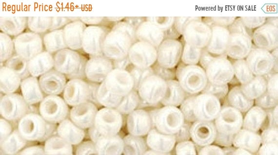 10g Opaque-Lustered Navajo White Ivory TOHO Seed Beads Japanese 11//0-122