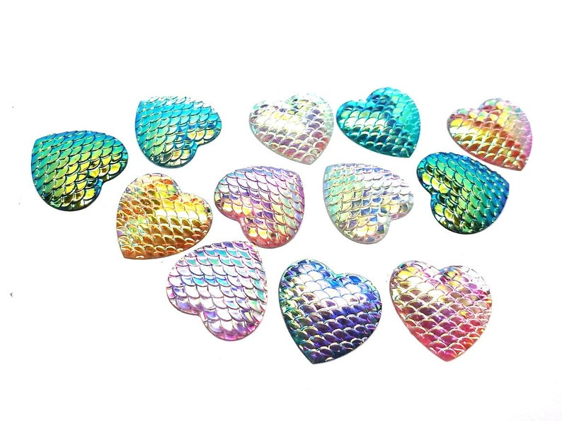 40 pcs Assortment of Iridescent Mermaid Fish Scales Resin Carved Embellishment Cabochons - Heart 1 25mm