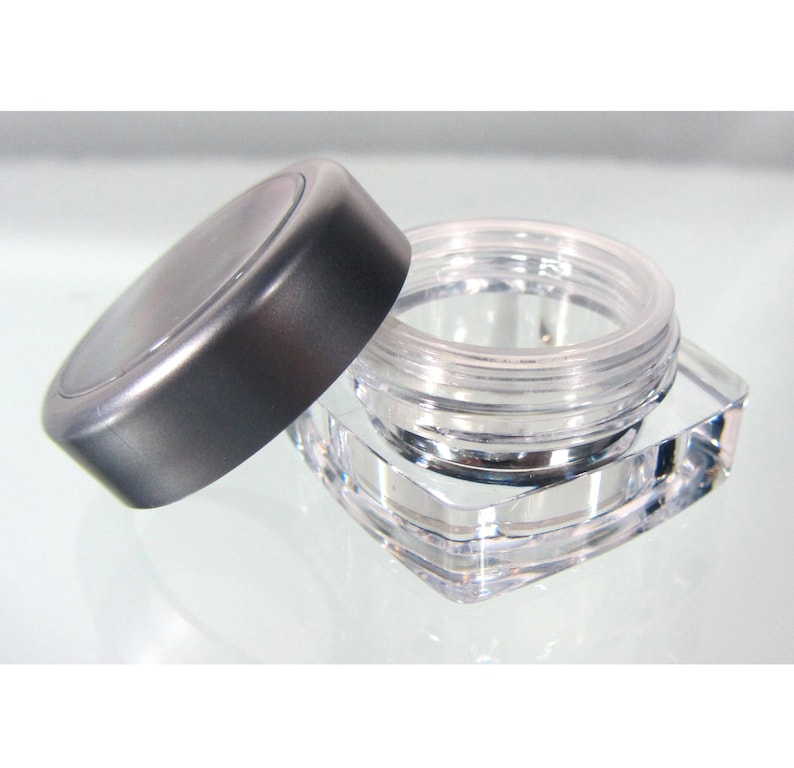 570daeb4fb68 25 Cosmetic Jars Square Plastic Thick Wall Empty Makeup Containers Pot - 5  Ml / 5 Gram (Silver Trim Window Cap) 3033-25 | FREE US Shipping