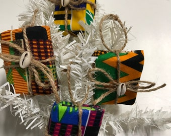 4 piece Mini African gift ornaments, Holiday tree ornaments, African Kwanzaa /Craft Supplies/ Christmas Decor/ Recycled Ornaments