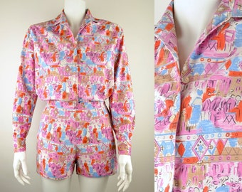 50s 60s blouse shorts set in cotton novelty print Size S UK 10 beach Made in Italy painterly street cafe scene scenic cat long sleeve shirt