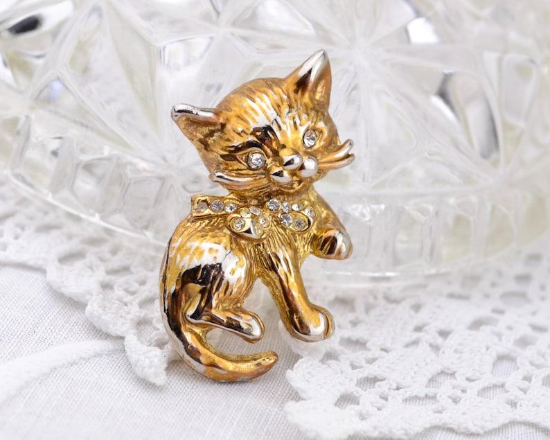 1960s cat brooch  cute vintage kitten gold tone diamante image 0