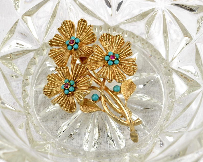 1960s flower brooch  textured goldtone floral spray pin with image 0
