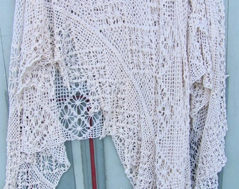 RESERVED For Michele  Antique Crochet Coverlet Bedspread Vanilla Cream Mint Condition