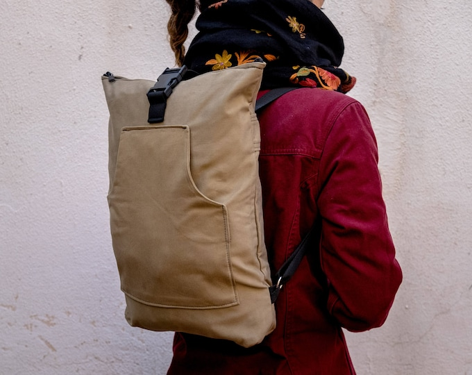 Kaki Day Bag, Confortable Backpack , Minimalist Rucksack, Bike Backpack