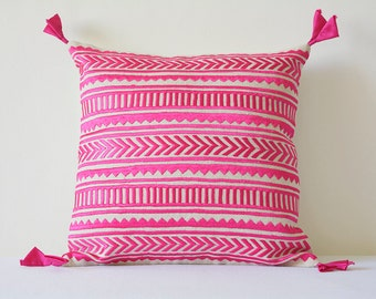 Pink Embroidery on Natural Cotton Linen Pillow Cover , Geometric Embroidery in Pink on Ecu Cotton Linen Scatter Cushion , Pink Decor Pillow