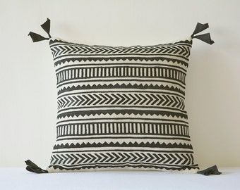 Black Embroidery on Natural Cotton Linen Pillow Cover , Geometric Embroidery in Black on Ecu Cotton Linen Scatter Cushion , Decor Pillow