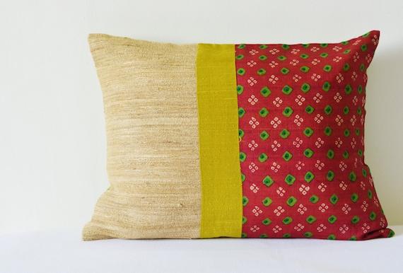 Marrone rossiccio e verde cuscino di puntini stampati con seta  4e31a12cb6a