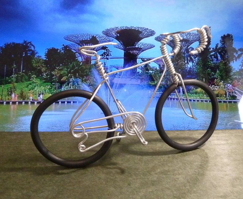 Bicycle Wire Art Wire bicycle Road Bike Small bike image 0