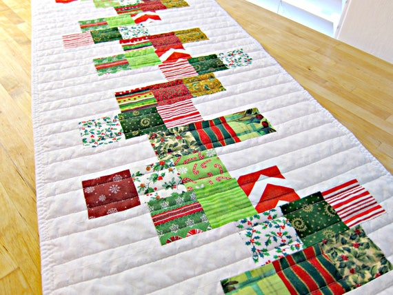 Christmas Table Runner Quilt.Christmas Table Runner Modern Table Runner Quilted Table Runner Quilted Table Topper White Table Runner Christmas Table Topper