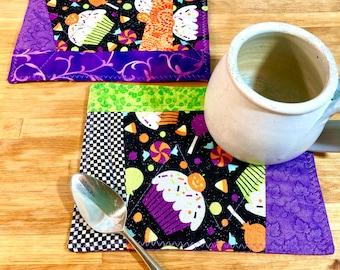 2 Large Quilted Coasters, Halloween Coasters, Fabric Mug Rug, Fabric Coasters, Snack Mats, Cupcake Fabric, Halloween Candy, Halloween Decor