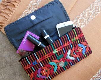 Guatemalan Fabric Clutch Aguacatan