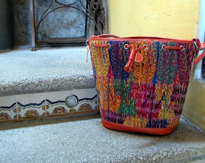 San Raimundo Hobo Bag