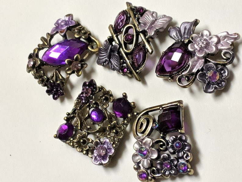 Buckles Connectors. Assorted 5 Pieces Jewelry Supply Purple Rhinestone Metal Beads with Antique  Brass Flower and Butterfly Motif Base
