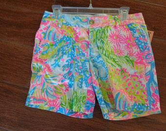 7287fd1eecf3b4 VINTAGE 1980's Ladies Lilly Pulitzer Multi Pastel Floral Print Shorts  (Small) - available