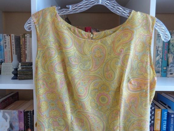 1960's Dress Paisley Print Pleated