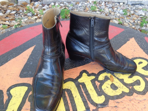 Boots Vintage Black Leather Ankle Boots Booties by Dakota size 40  9.5
