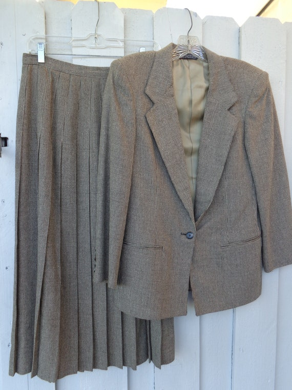 Austin Reed 1980 S 2 Piece Skirt Suit Ladies Beige Etsy