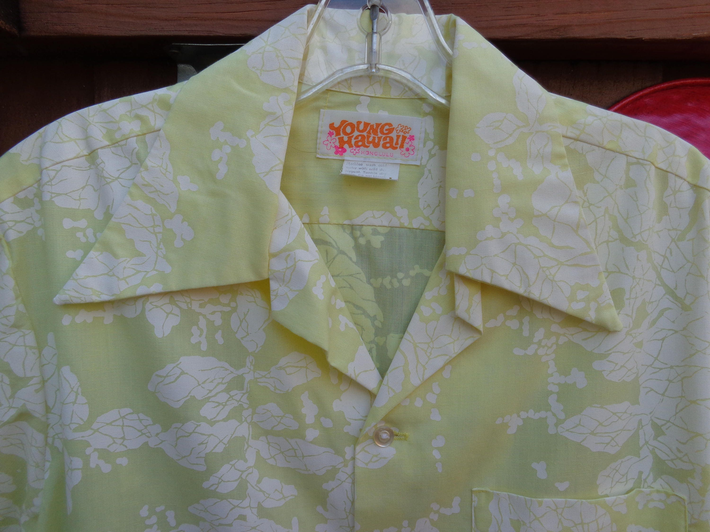 1970s Men's Shirt Styles – Vintage 70s Shirts for Guys Young Hawaii 1970s Hawaiian Shirt Mens Pale Yellow  White $45.00 AT vintagedancer.com