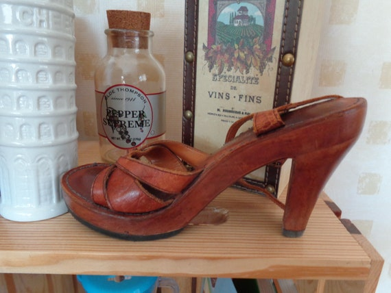 Kinney Shoes 1970's Platform Brown Leather Brazili