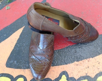 VINTAGE 1980's Men's Brown Snake Skin Leather Loafers by Giorgio Brutini - available