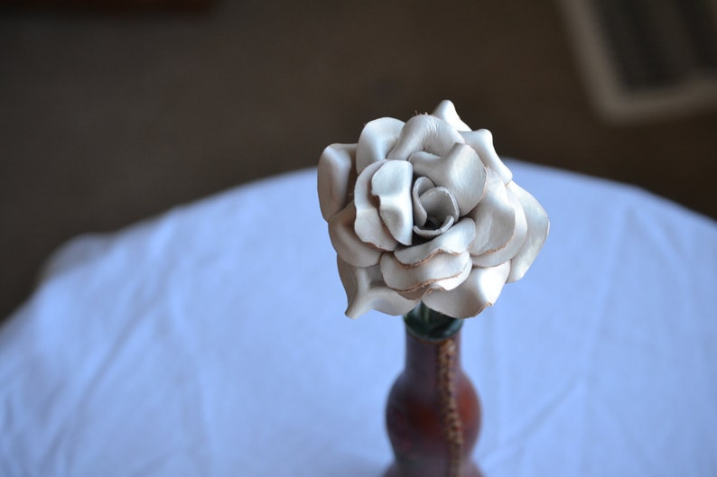 Sculpted white leather rose image 0