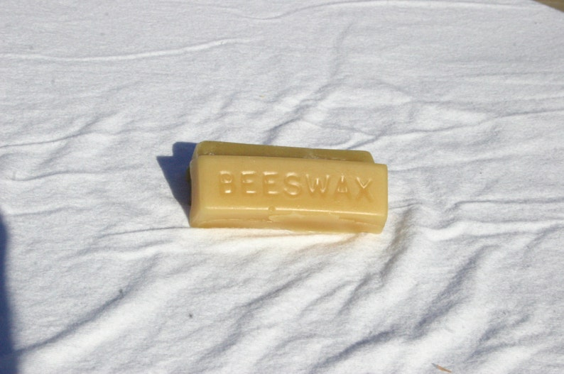 One Ounce Pure Beeswax image 0